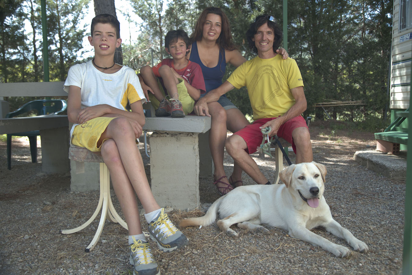 Familia Maciá Llobet en el camping Entrellacs, Oliana